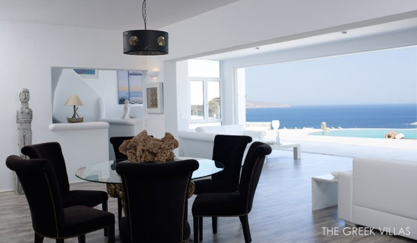 open living space oceanview