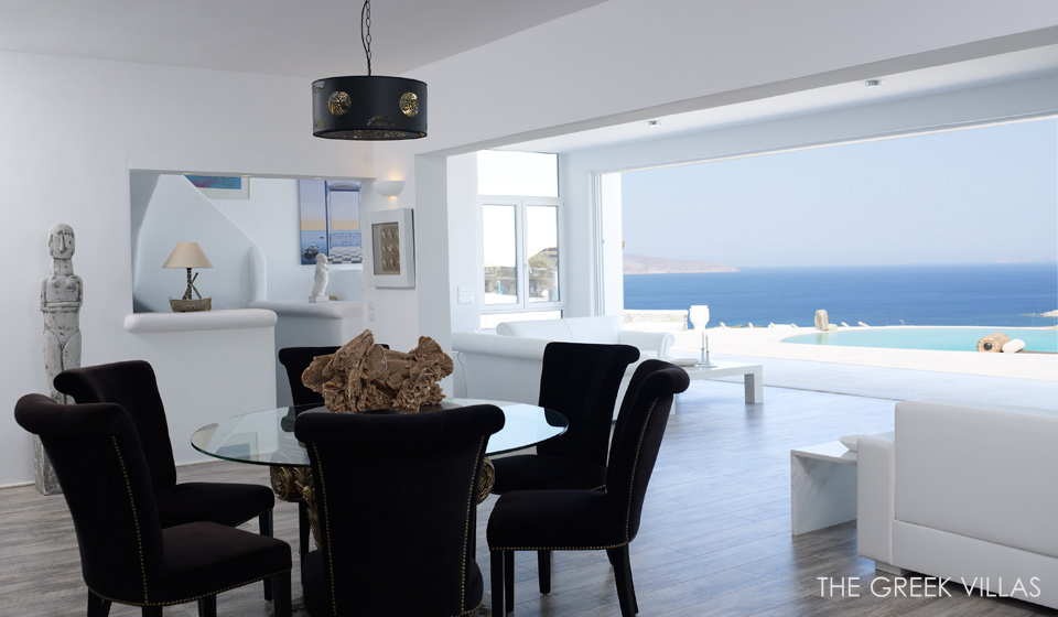 Douglas villa a classic greek retreat for Interieur maison de luxe