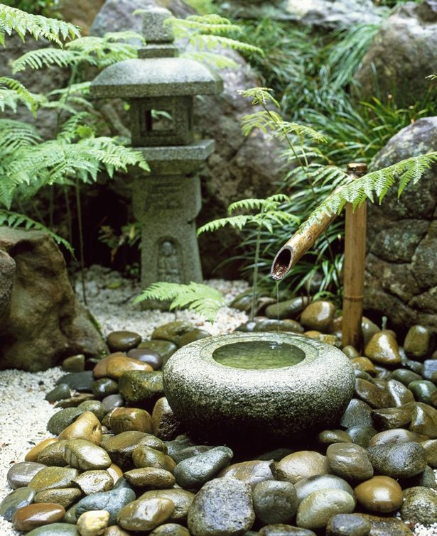 shishi odoshi japanese bamboo water feature