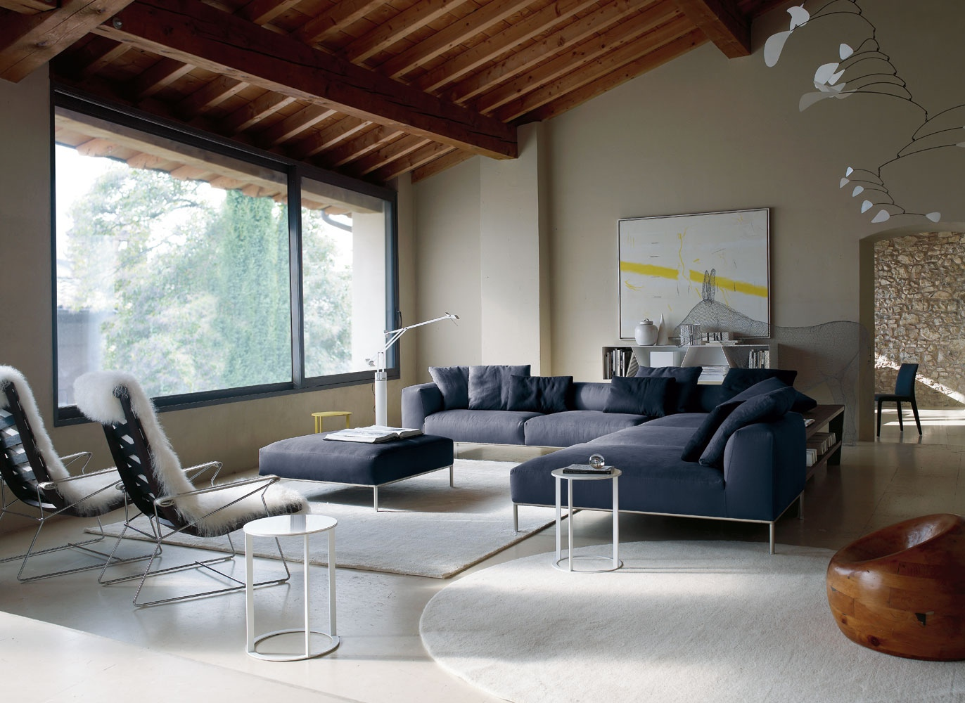Modern furnishing from b b italia for Contemporary living room chairs