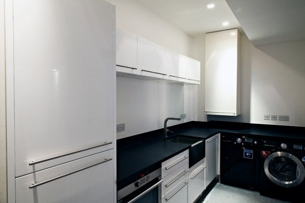 clean design kitchen cabinets