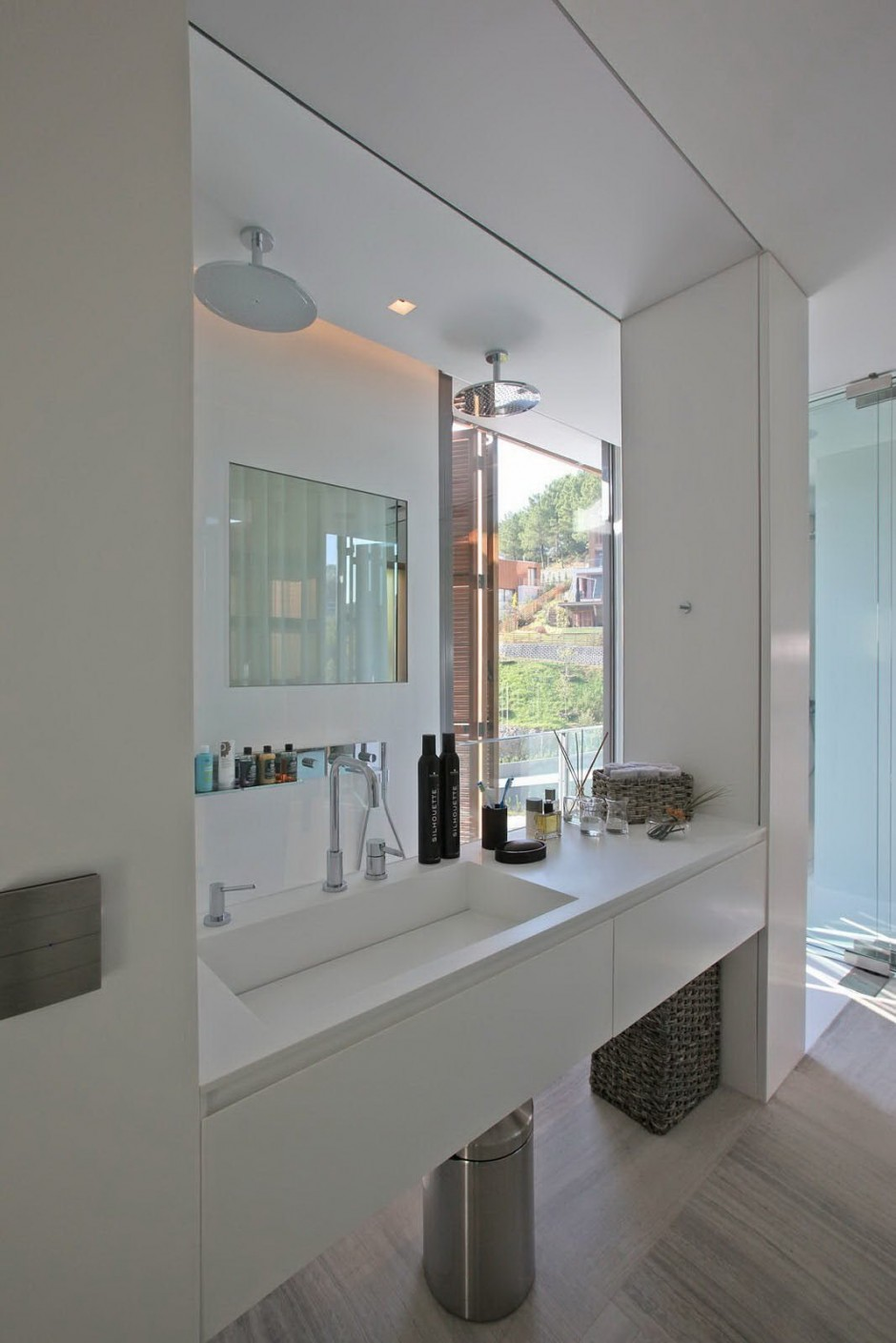 glass wall bathroom shower