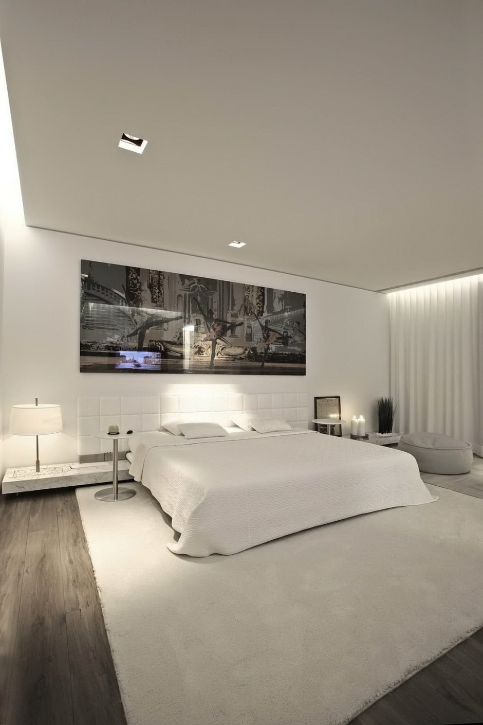 Large White Bedroom - Bold cosmopolitan house in istanbul