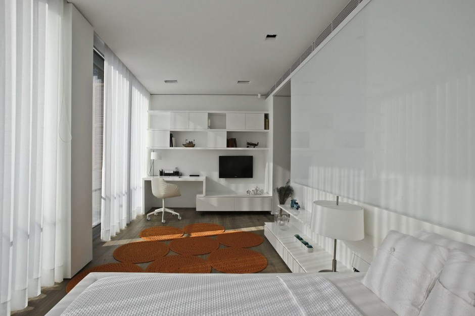Linear Guest Room - Bold cosmopolitan house in istanbul