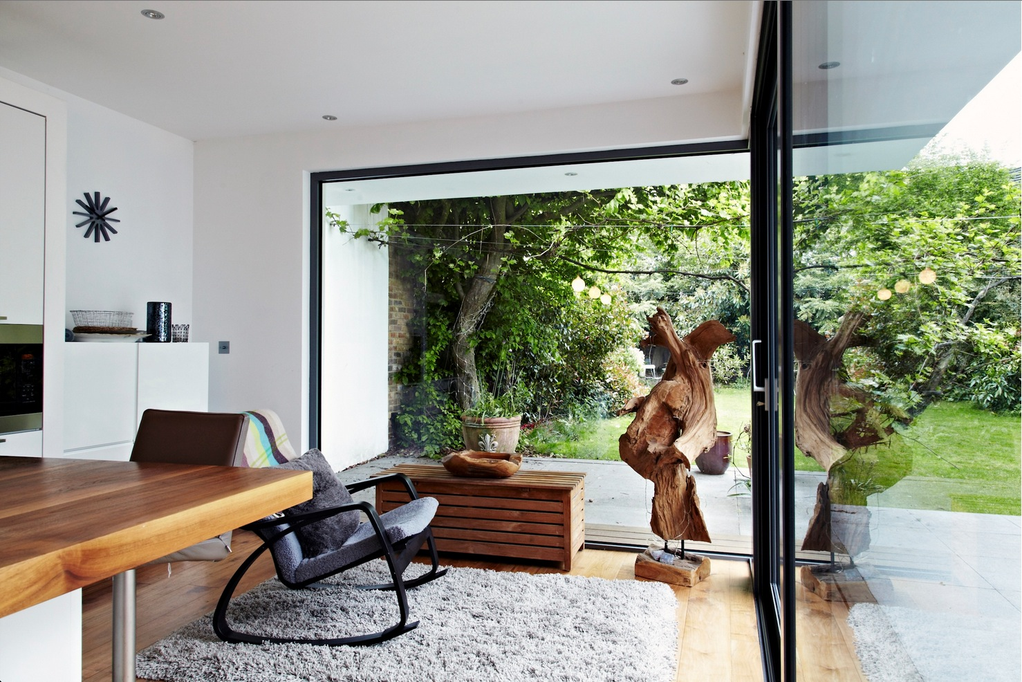 Outside inside space interior design ideas for Beautiful home designs inside outside