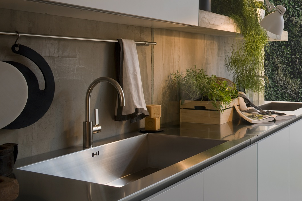 Top Of Counter Sink : These stainless steel kitchen counters are stylish yet very easy to ...
