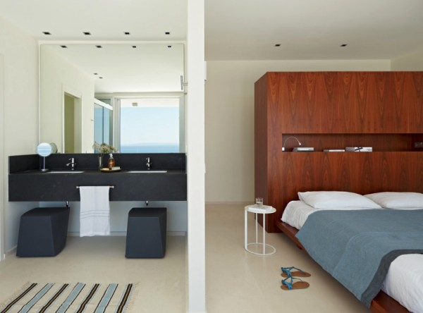 2.modern ensuite bedroom