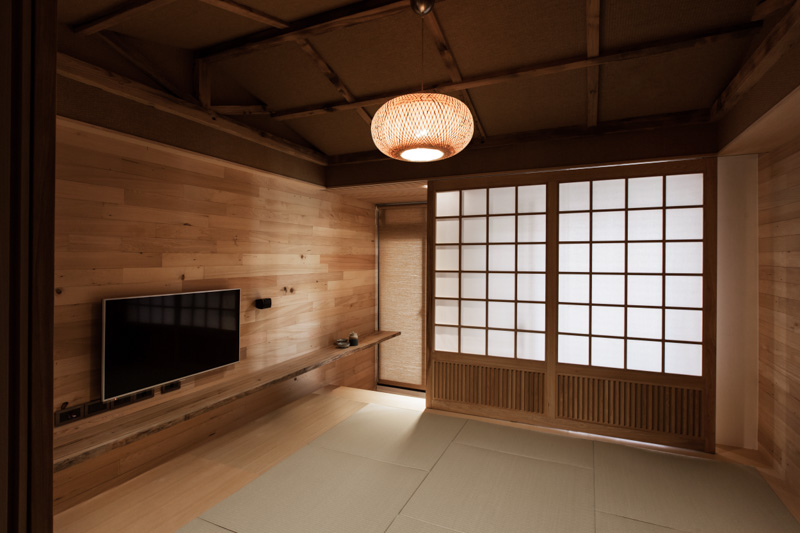 Modern Japanese House on modernist house, ranch-style house, average house, modern house,