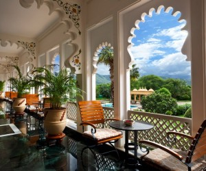 The weather in India can be exceedingly hot (assuming it's not monsoon season). But staying indoors is no way to spend a vacation. Instead, visitors at this hotel can enjoy tea or a light meal on a shady patio overlooking the property's lush gardens.