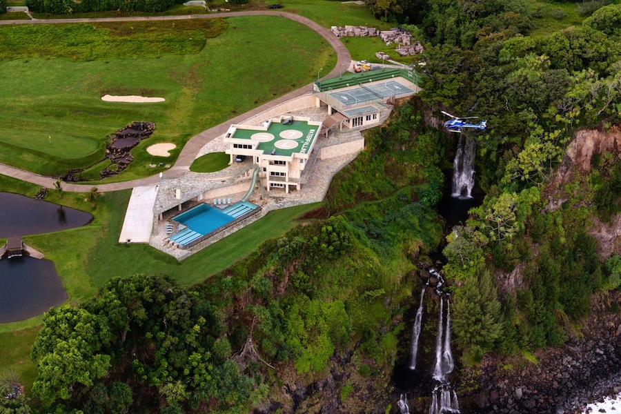 Hawaiian oceanfront mansion with spectacular views and 50m for Maison pad