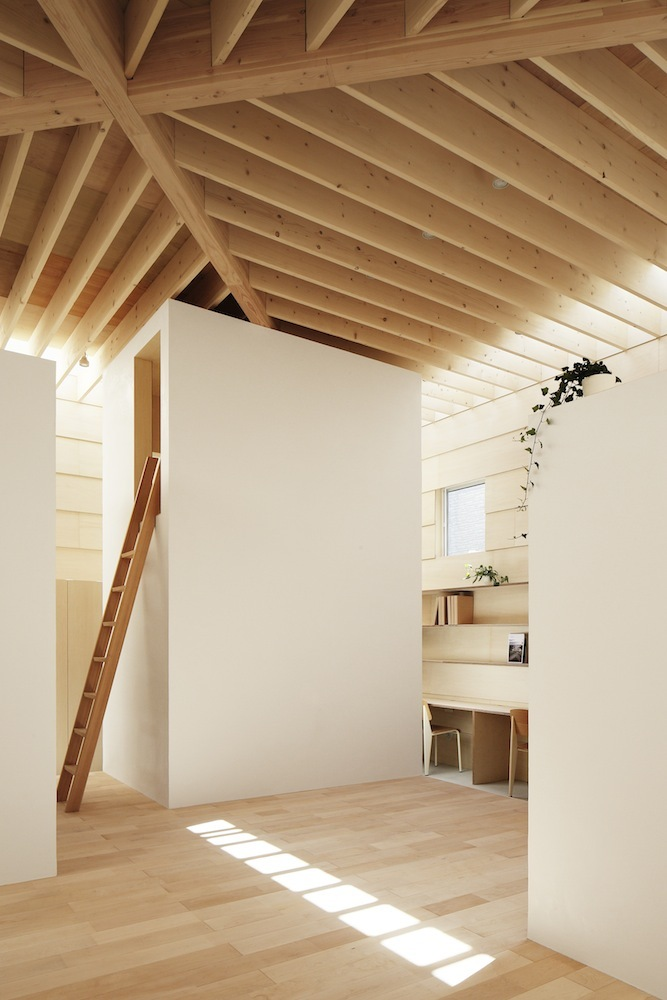 Japanese minimalist home design for Minimalist house interior