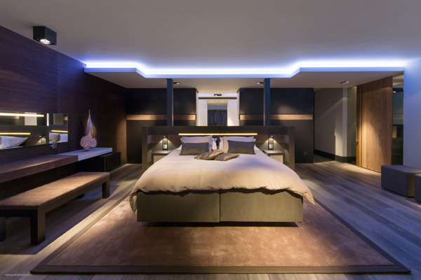 Modern Bachelor Bedroom Interior Design Ideas