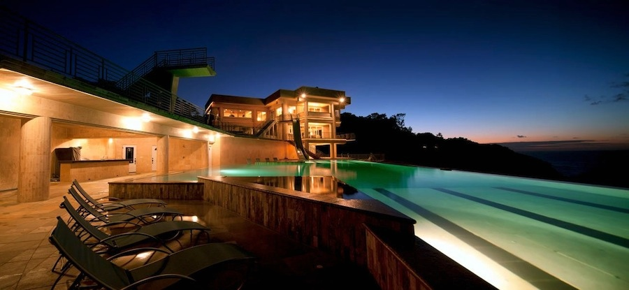 Mansion with pool at night  pool at night | Interior Design Ideas.