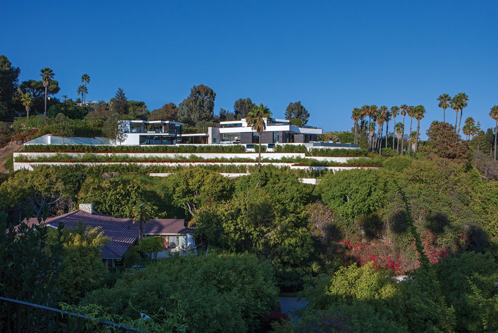 Hill Top Home - A spectacular beverly hills house