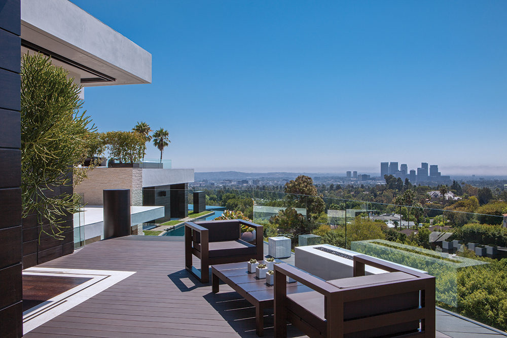 Outdoor Furniture - A spectacular beverly hills house