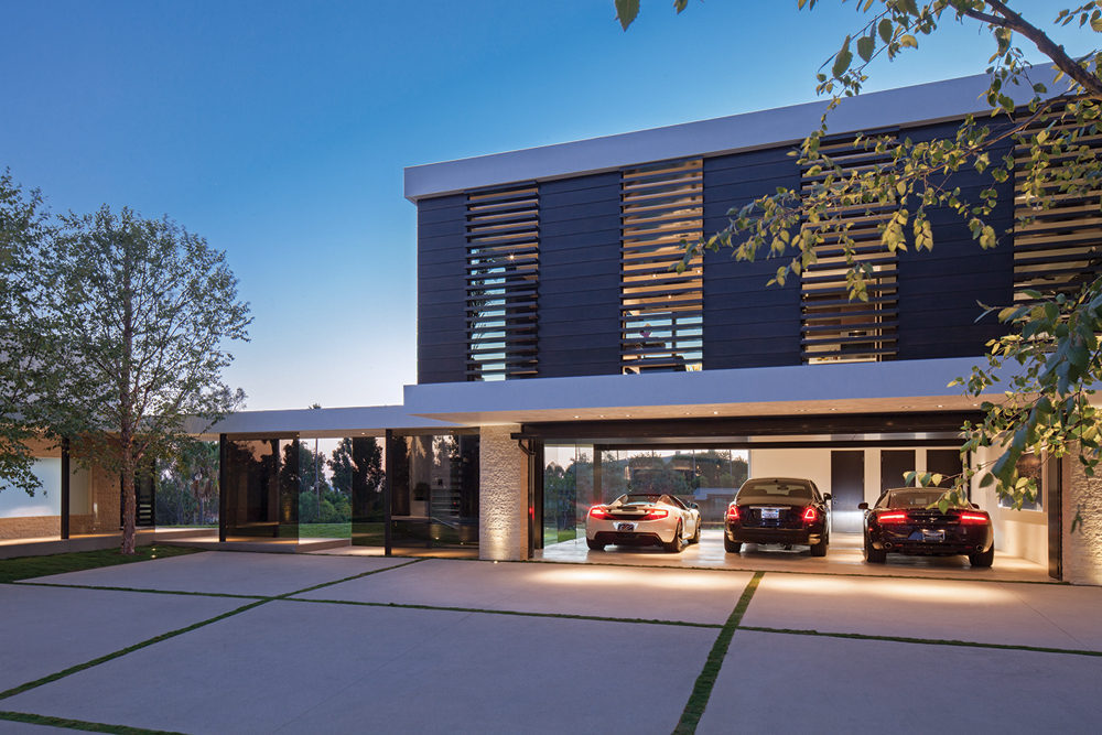 Amazing Home Garage