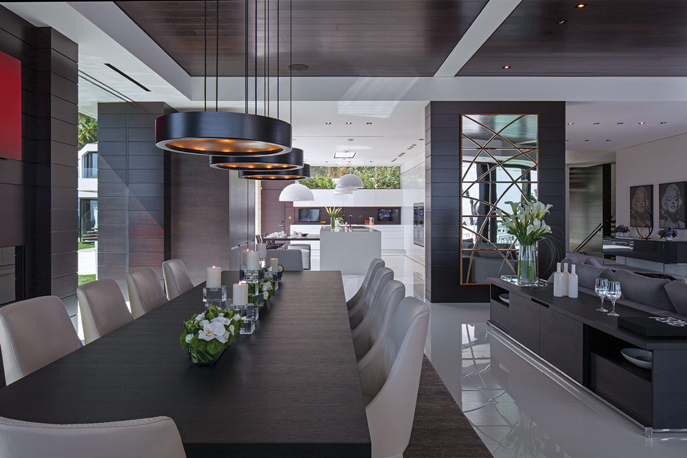 A spectacular beverly hills house - Modern home dining rooms ...