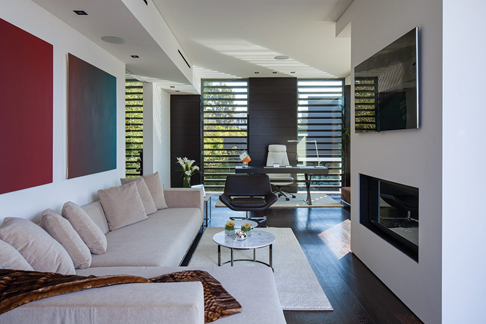 Modern Lounge - A spectacular beverly hills house
