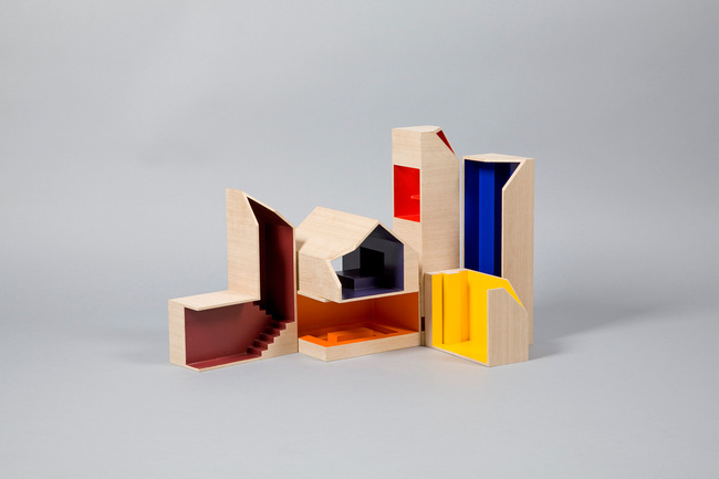 Primary Color Dollhouse - Dollhouses designed by star architects