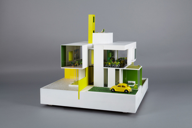 White Boxy Dollhouse - Dollhouses designed by star architects