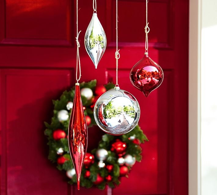 Outdoor christmas decoration for Outside house ornaments
