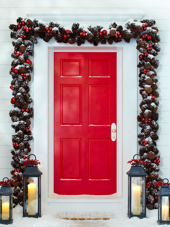 Red Christmas Door - Outdoor christmas decoration