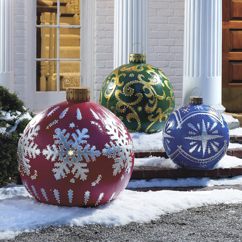 Giant Baubles - Outdoor christmas decoration