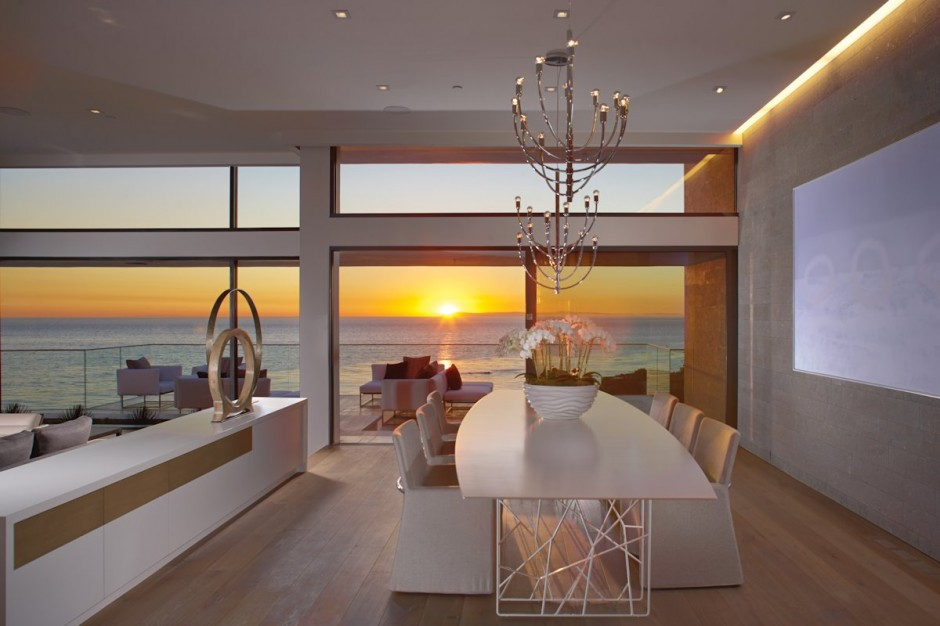 Cream Dining Suite - Oceanfront house with pool california