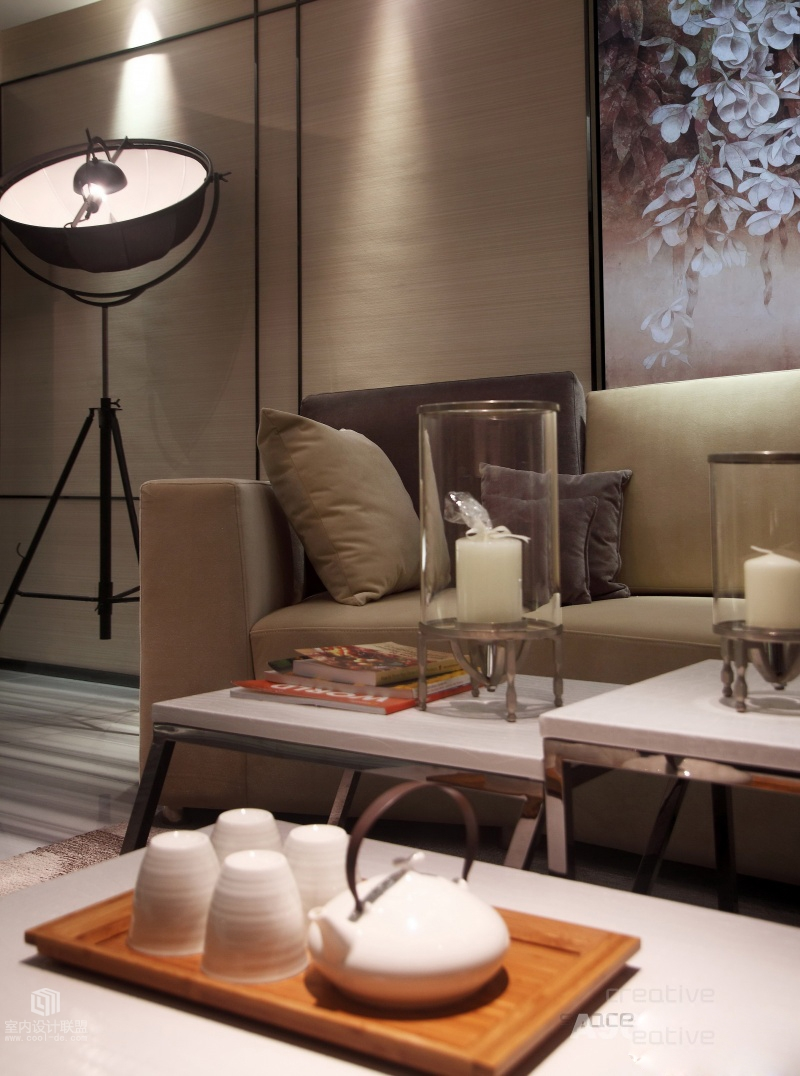 Beige Sofa - Sophisticated home with asian tone