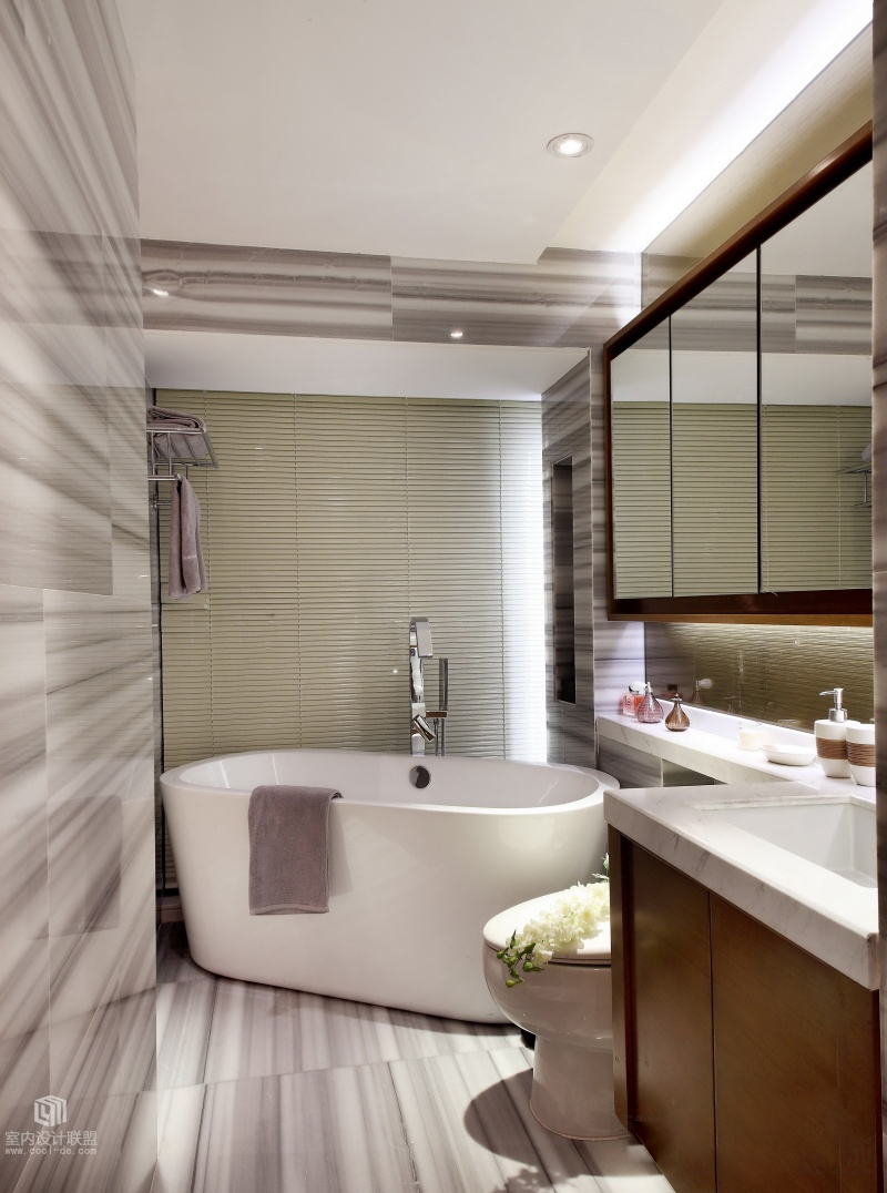 Sophisticated home with asian tone for L shaped master bathroom layout
