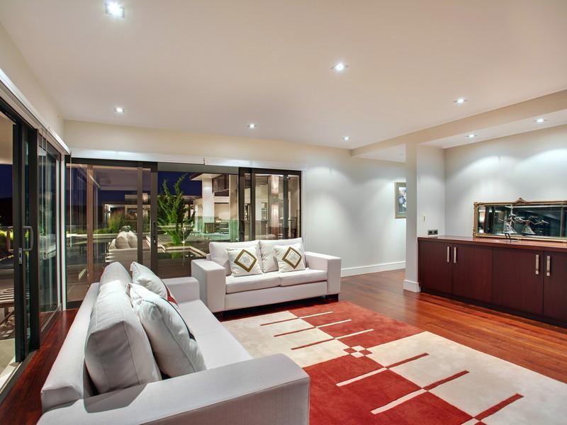 White Sofas - Contemporary home in the hills