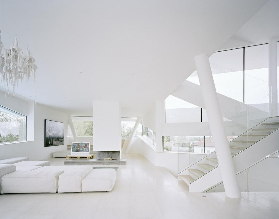 White living room interior design ideas for White minimalist living room