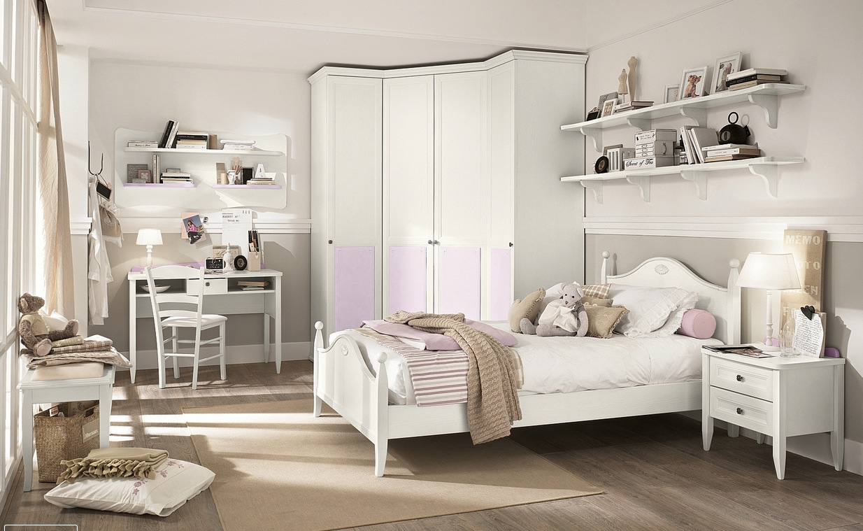 Pink white bedroom decor