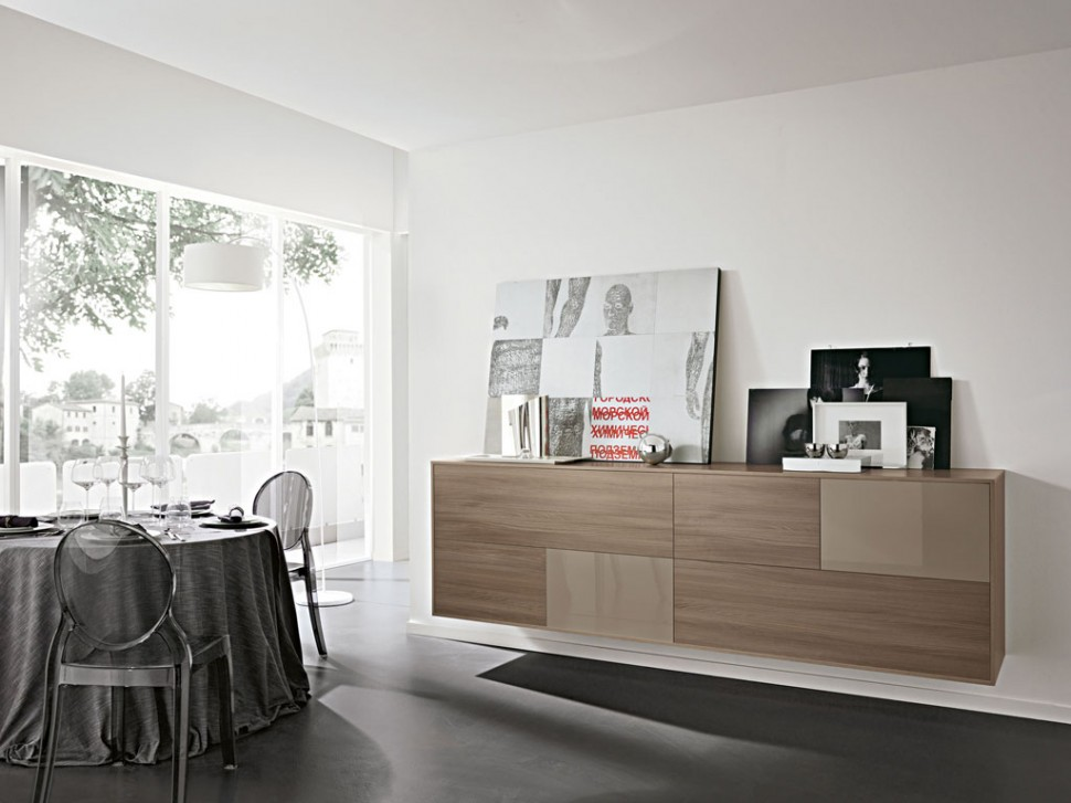 Contrasting matt and gloss and gloss finishes can be equally effective