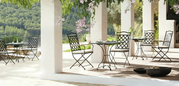 Black wrought iron outdoor furniture