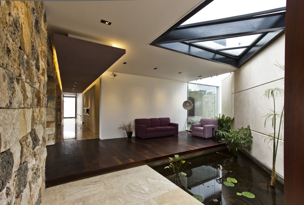 Indoor pond interior design ideas for Indoor pond design