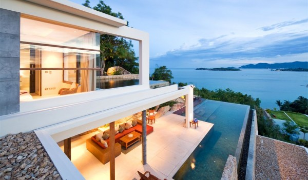 This is another villa that offers up outstanding luxury with sunrise to sunset views.