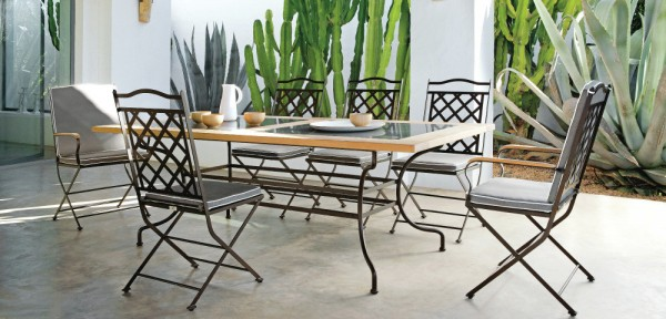 Wrought iron chairs table