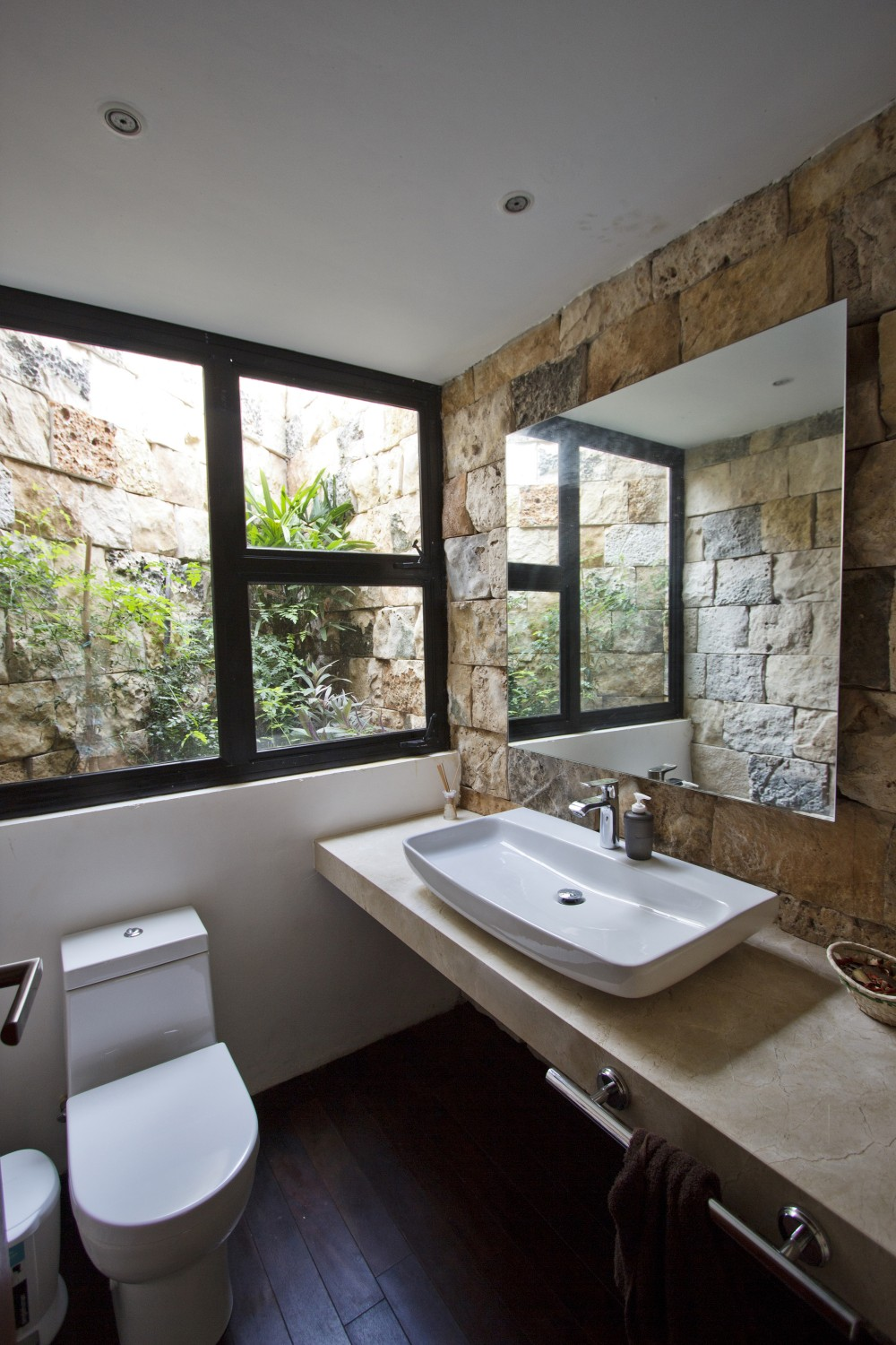 Modern Bathroom - Modern work of mexican architecture