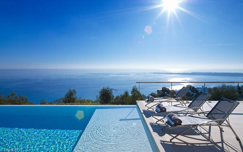 Private Pool - Cote d azur villa with spectacular sea views