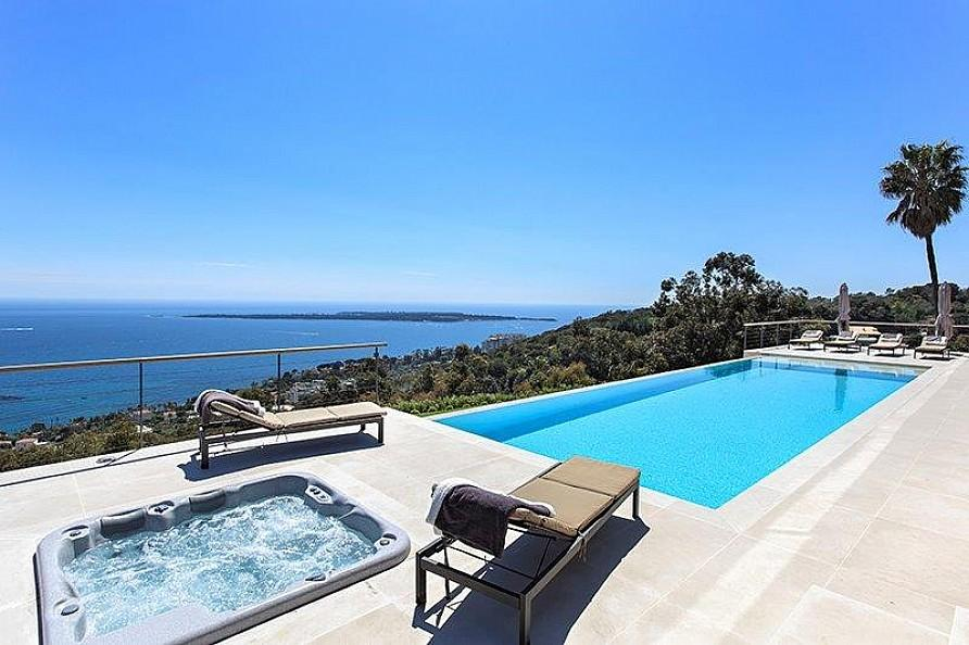 Private Swimming Pool - Cote d azur villa with spectacular sea views