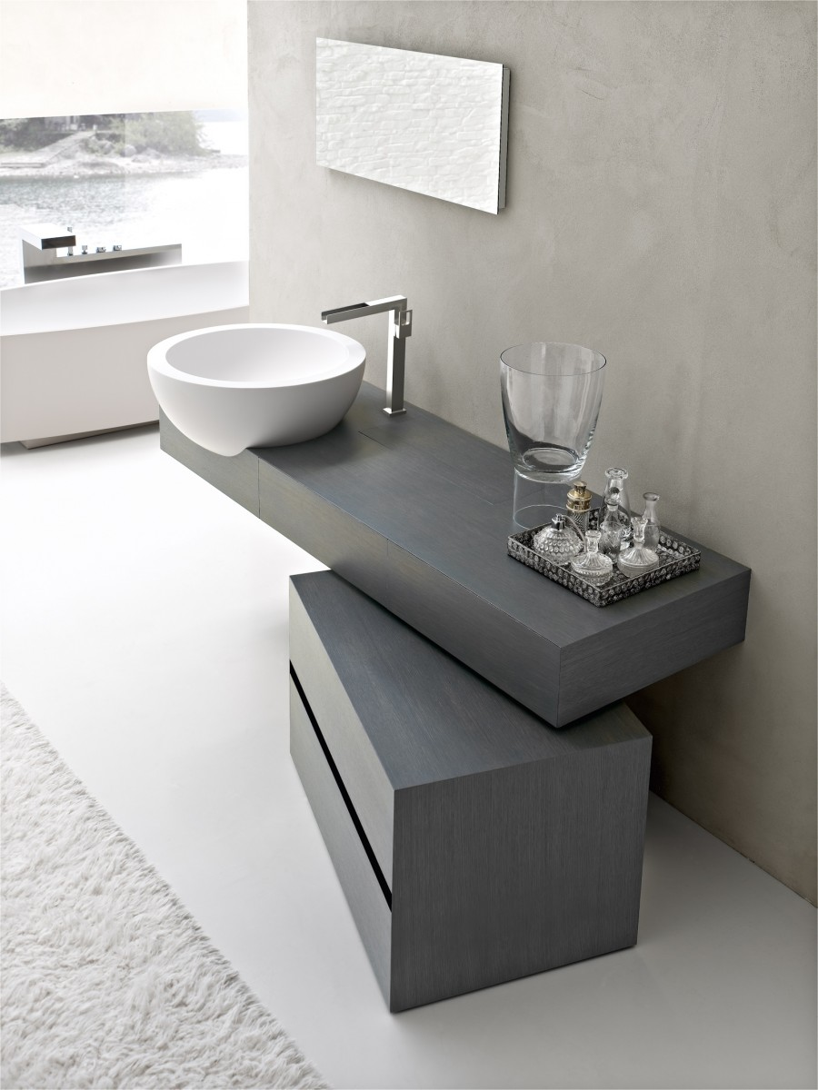 ultra modern italian bathroom design -