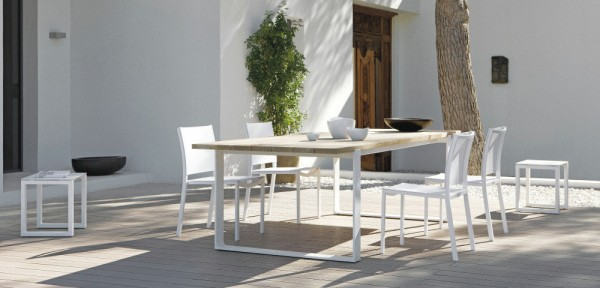 Wood white outdoor dining suite