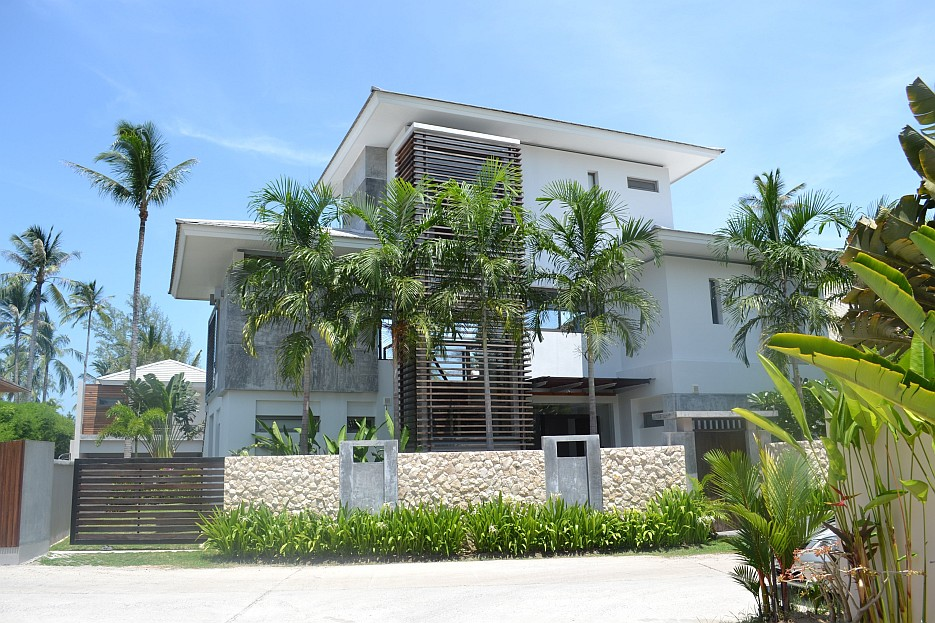 Modern beach home interior design ideas for Home designs thailand