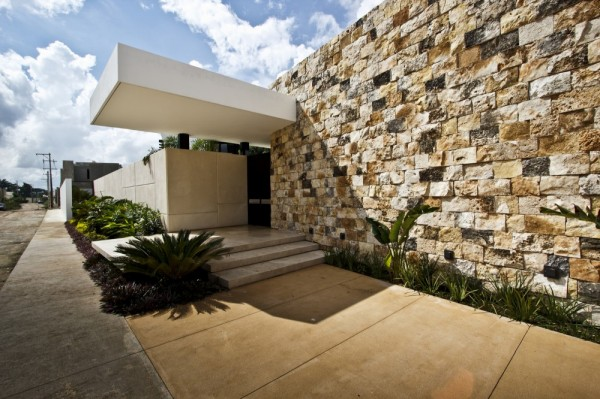 Contemporary home exterior