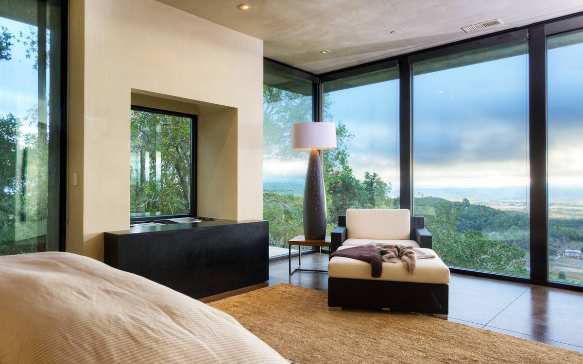 Glazed Walls - A serene california wine country home
