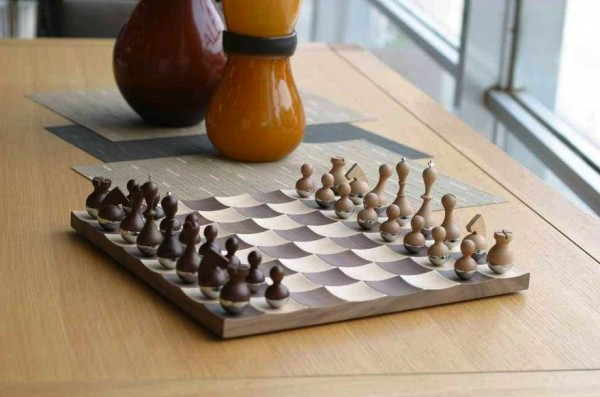 This Wobble chess set offers up a novel and animated approach to the classically reserved game. Each square of the board is curved to contain the jiggling pieces.