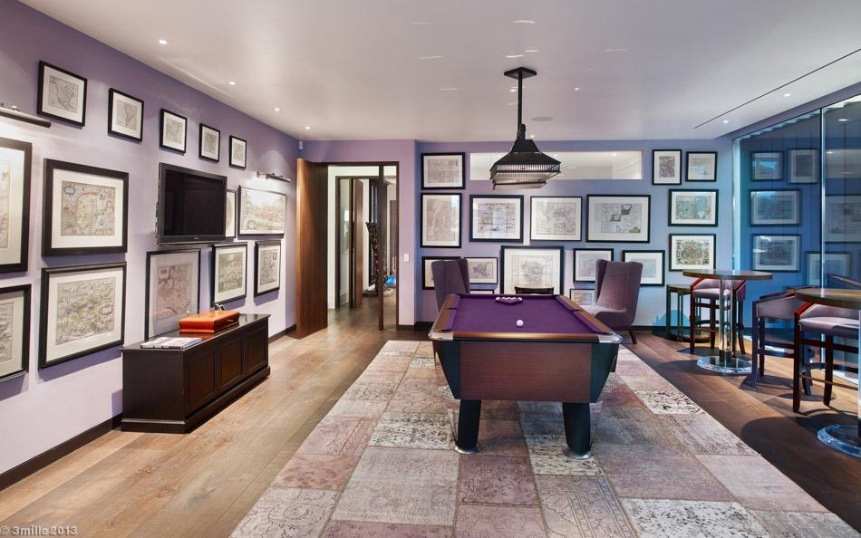 Purple Pool Table - Luxury villa in the antibes