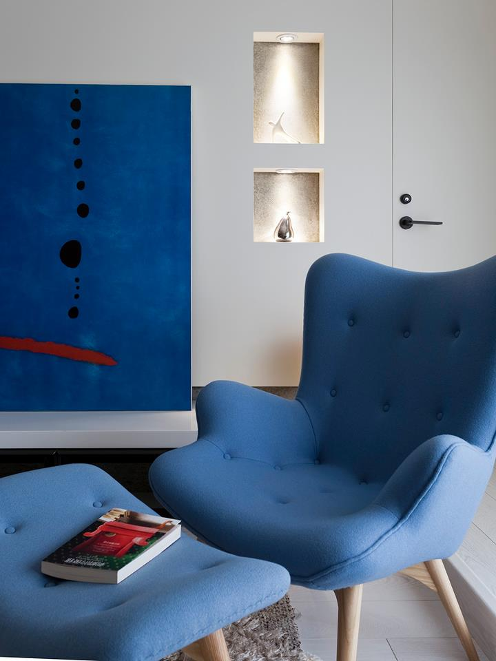 Blue Chair - Some stunningly beautiful examples of modern asian minimalistic decor