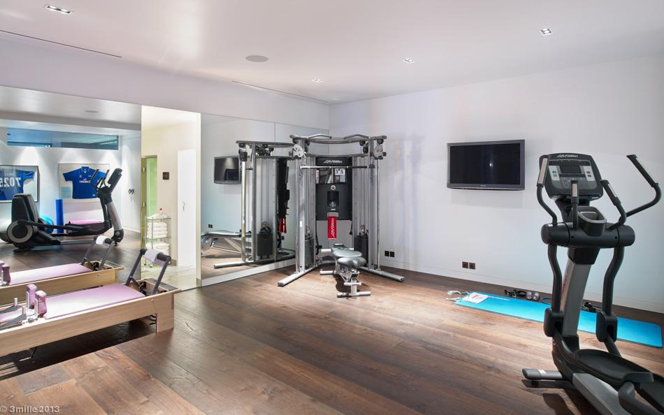 Home Gym - Luxury villa in the antibes